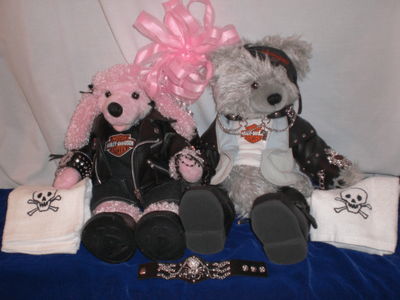 Gothic-Items-The-Bears-Wear-a-bit-more-Gothic