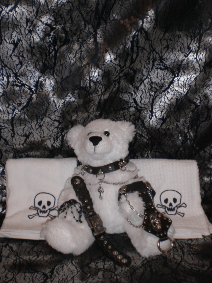Gothic-Items-The-Teddy-Bear-Sports-some-Gothic-as-Well