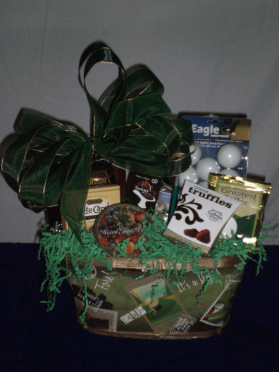 Sports-Enthusiast-Gift-Basket-The-Day-for-Golf-unwrapped-version