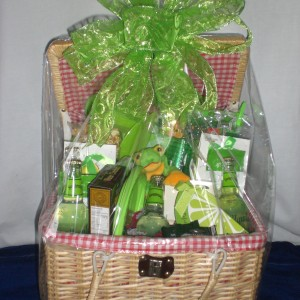 Picnic Basket - wrapped version